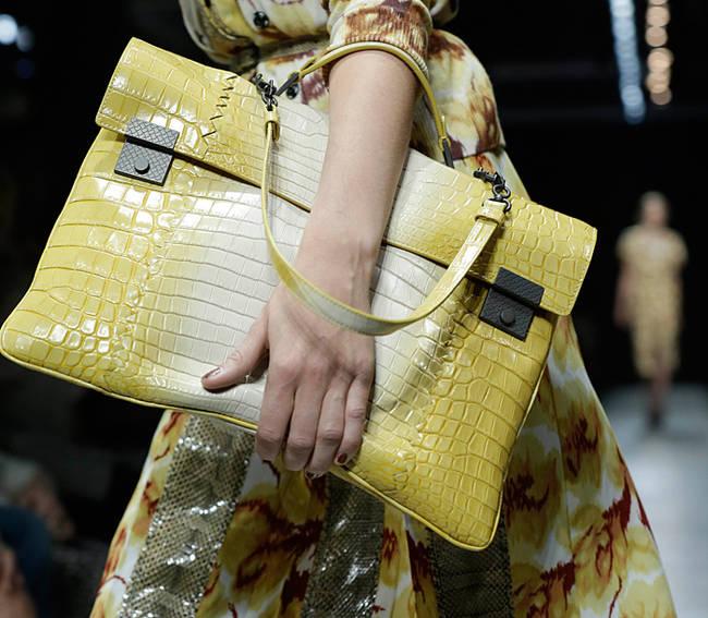 Bye bye tracolla! Le borse dell'estate 2013 - Bottega Veneta - 10 di 30