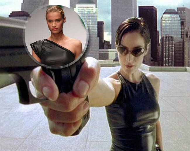 Ad Hollywood i décolleté sono hot - Carrie-Anne Moss - Matrix - 17 di 22