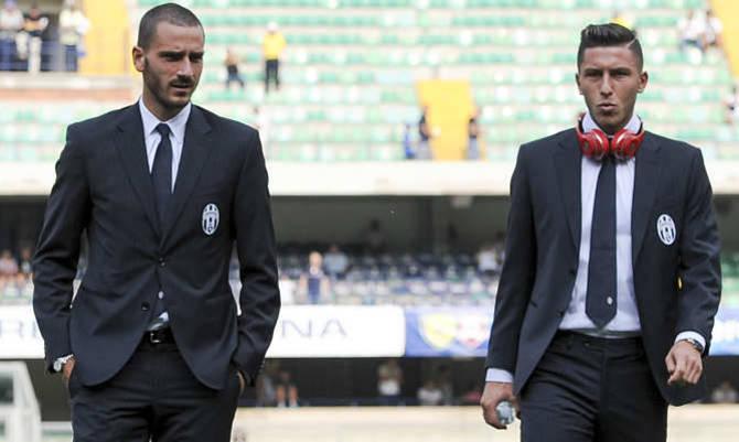 Leonardo Bonucci e Luca Marrone in divisa Trussardi<br>