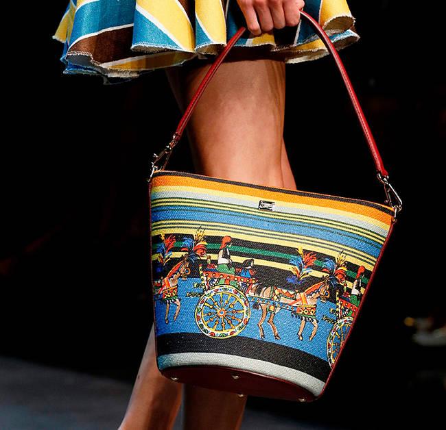 Bye bye tracolla! Le borse dell'estate 2013 - Borsa Dolce&Gabbana - 17 di 30