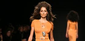 Milano Moda Donna, la femminilità  è di scena