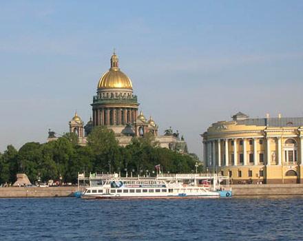 San Pietroburgo, magie sull'acqua