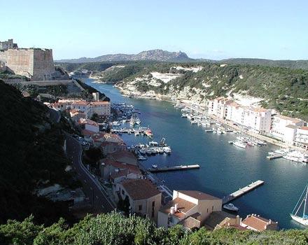 Bonifacio, il porto sicuro della Corsica