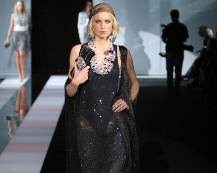 Giorgio armani in sfilata a Milano Moda Donna