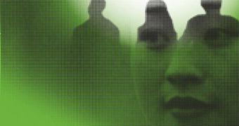 viso di donna cinese su sfondo verde