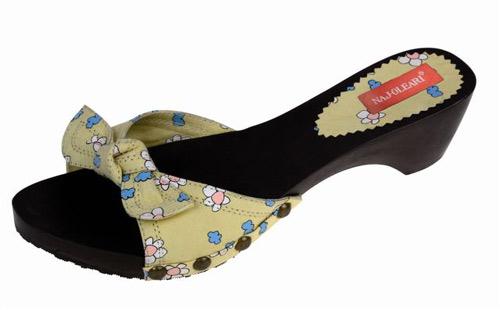 Sandali e zoccoli per l'estate