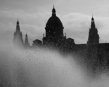 Barcellona si tinge di noir