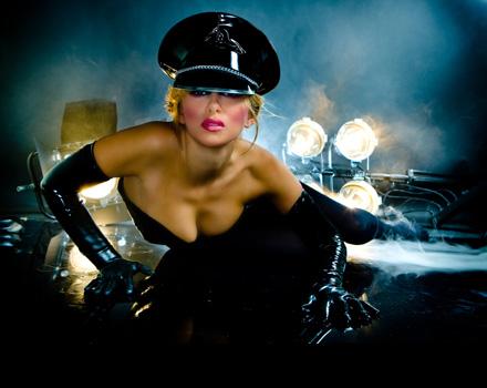 Londra apre le porte all'arte del piacere: Erotica