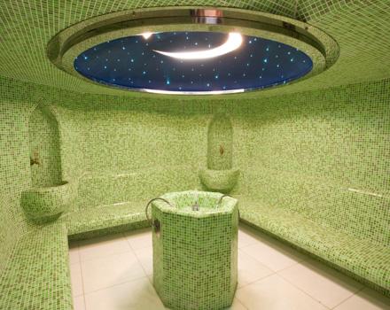 Nella moschea di parigi il bagno turco superchic www - Il bagno turco dipinto ...