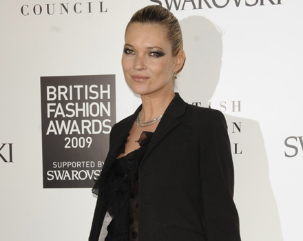 """""""Kate Moss per Longchamp"""" debutta a Parigi"""
