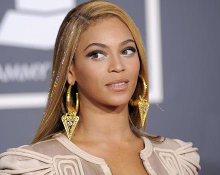 Beyoncé pigliatutto ai Grammy