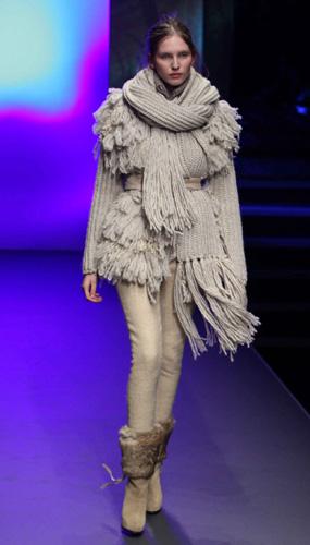 CNC Milano Moda Donna Autunno Inverno 2010 2011