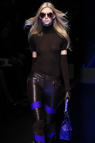 Versace Milano Moda Donna Autunno Inverno 2010 2011