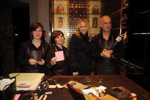 A lavoro con gli artigiani Gucci