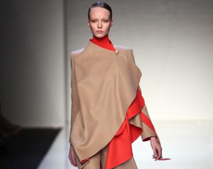 Mila Schon Milano Moda Donna Autunno Inverno 2010 2011