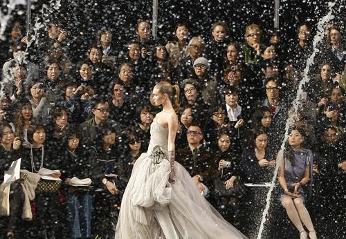 Sfilate Parigi: Louis Vuitton