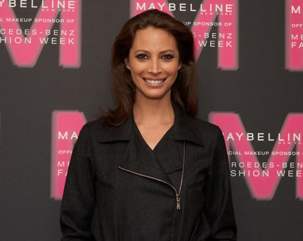 Christy Turlington regista per le donne