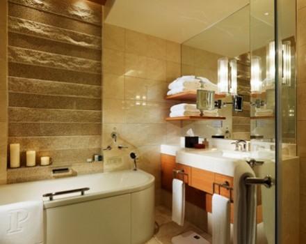 Le toilette pi stravaganti degli hotel - Bagno stile spa ...