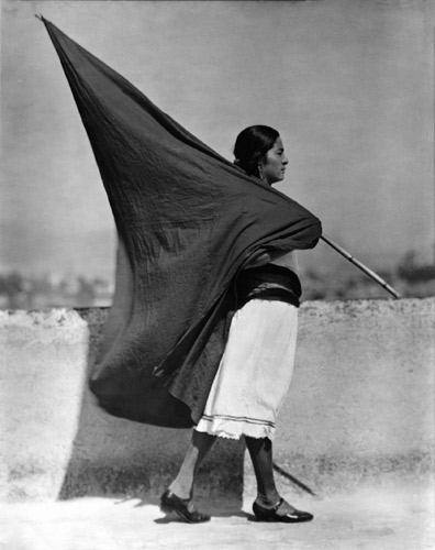 "Tina Modotti: fotografa e ""pasionaria"""
