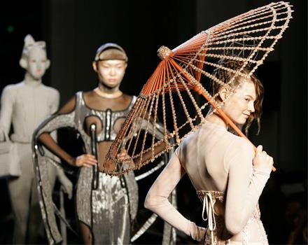 L'haute couture 'veste' Parigi