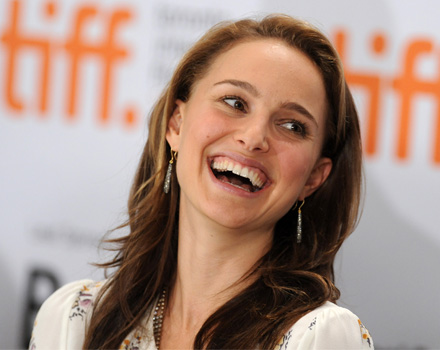 Natalie Portman apre le danze a Venezia