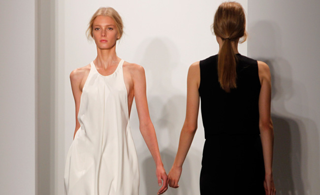 La donna minimal di Calvin Klein a NY