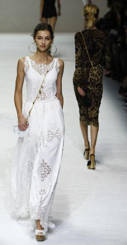 L esercito del bianco. Dolce   Gabbana - www.stile.it cb0d90a3f3b