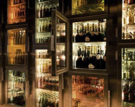 Il bar dove ci si serve da soli