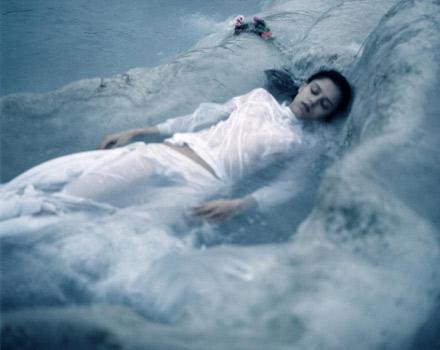 Tears of eros di Angelo Cricchi