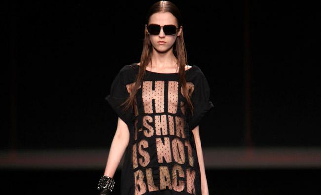 T-shirt mania. Rock o romantiche