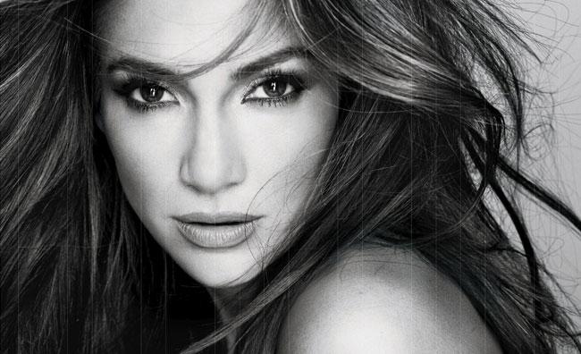 Jennifer Lopez è la nuova testimonial L'Oreal