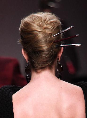 Accessori per capelli. Per donne con la testa sulle spalle