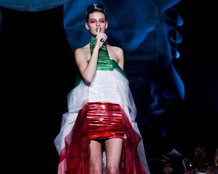 Abito tricolore collezione primavera estate 2011 Gattinoni