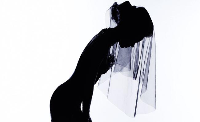 Karl Lagerfeld interpreta l'evoluzione dell'hairtsyle