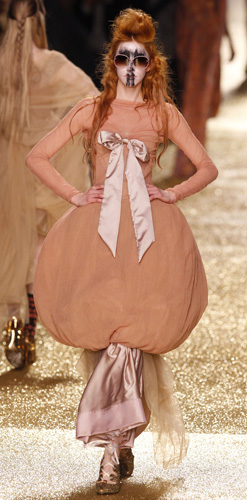 Vivienne Westwood, Parigi, collezione autunno inverno 2011 2012