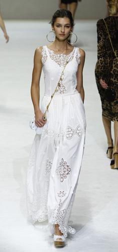 Tendenze Primavera Estate 2011: balze e merletti