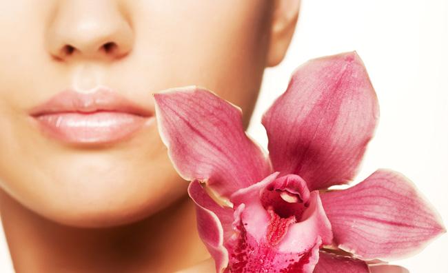 Prendersi cura delle labbra con il make-up