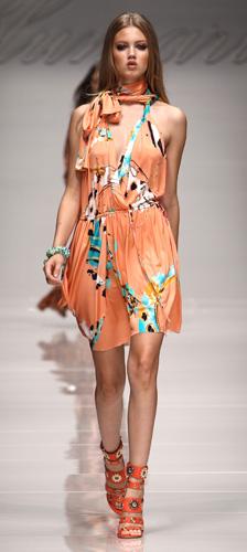 Moda mare 2011: look aperitivo in spiaggia