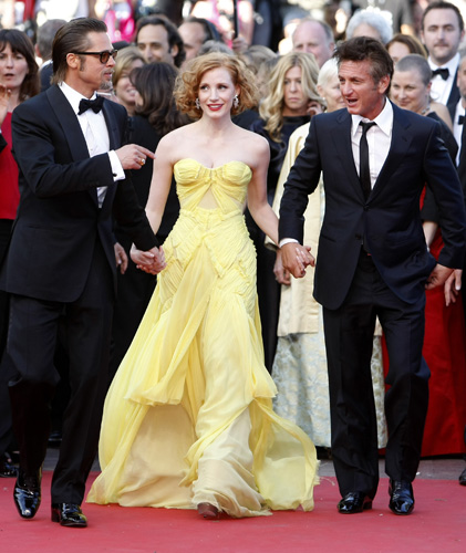 Cannes 2011, Angelina Jolie sul red carpet