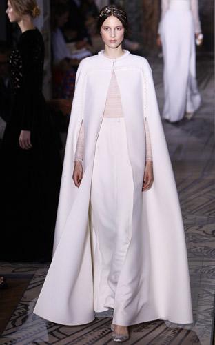 Mantella bianca Valentino Autunno Inverno 2011 2012