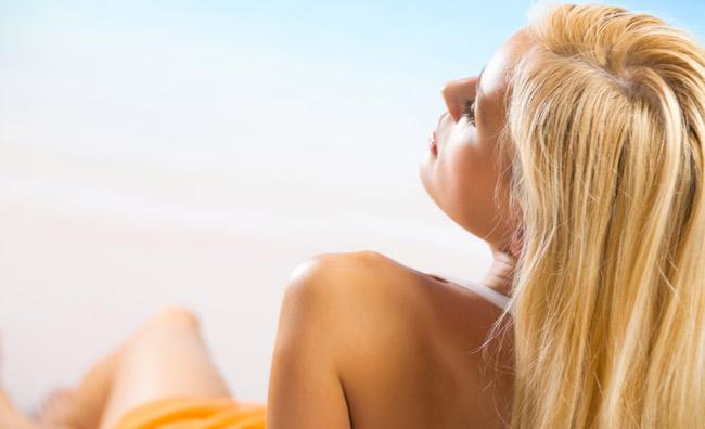 Soluzioni per capelli stressati dal sole