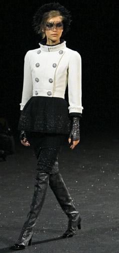 Sfilata Chanel Autunno Inverno 2011 2012