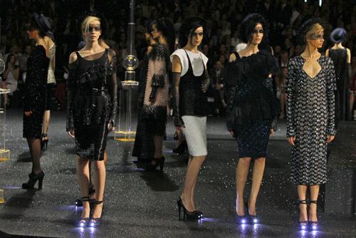 Scarpe con plateau luminoso Chanel Autunno Inverno 2011 2012