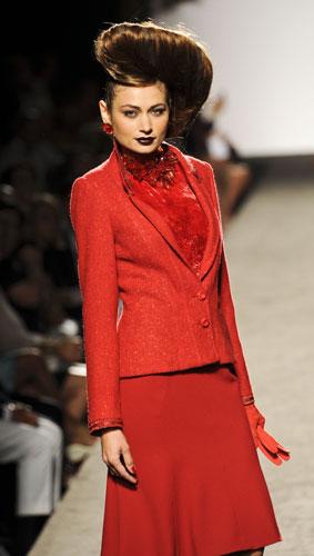 Tailleur rosso  Raffaella Curiel Autunno Inverno 2011 201