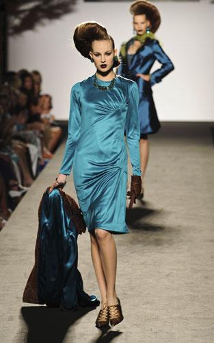 completo azzurro  Raffaella Curiel Autunno Inverno 2011 201