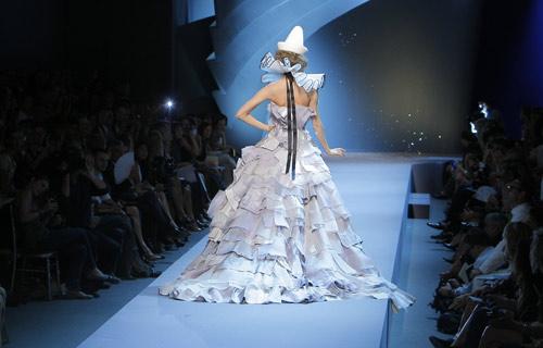 Abito con coda Dior Autunno Inverno 2011 2012