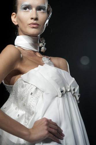 Dettaglio abito bianco Gattinoni Autunno Inverno 2011 2012