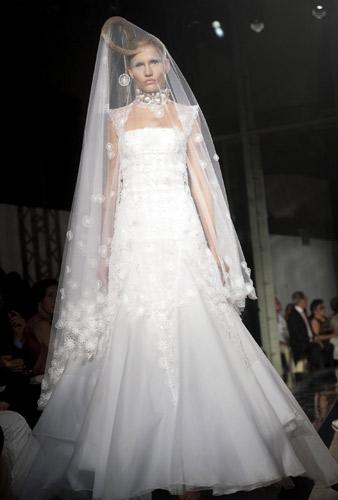 Abito da sposa Gattinoni Autunno Inverno 2011 2012