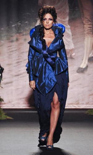 Abito blu Scuola di moda Ida Ferri, Autunno Inverno 2011 2012
