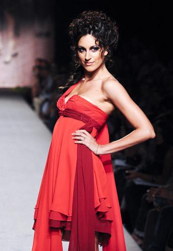 Abito stile impero Scuola di moda Ida Ferri, Autunno Inverno 2011 2012